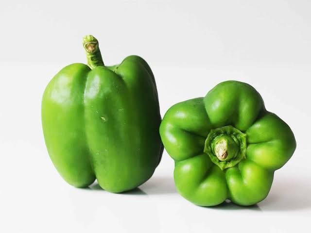 Amazing Health Benefits of Green Pepper - Health Perfecto